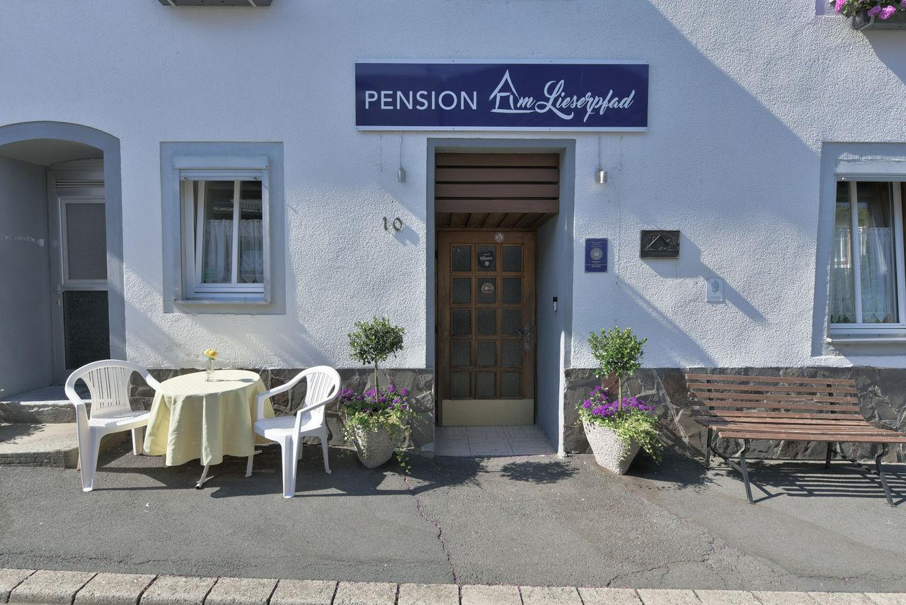 Eingang zur Pension am Lieserpfad